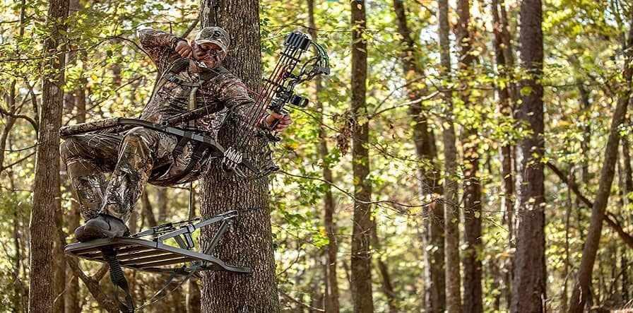 climbing tree stand vs hang on stand